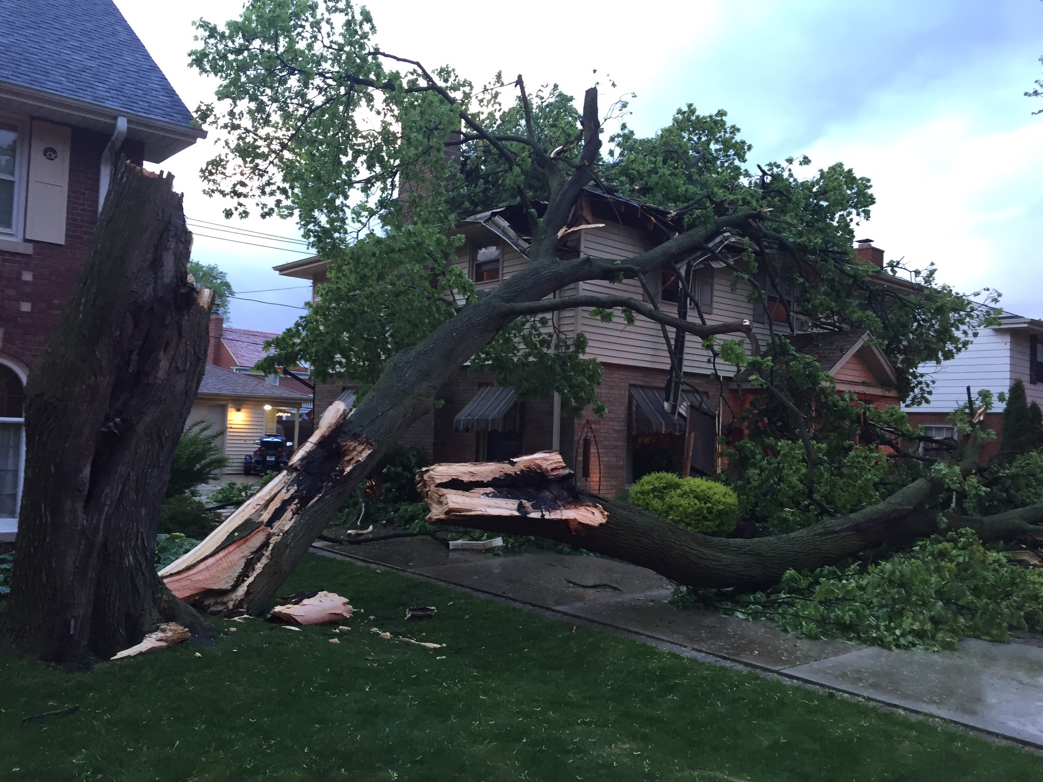 Storms leave damage throughout SE Wis.