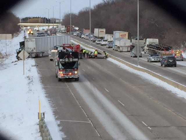 Section of I-43 NB closed after several crashes