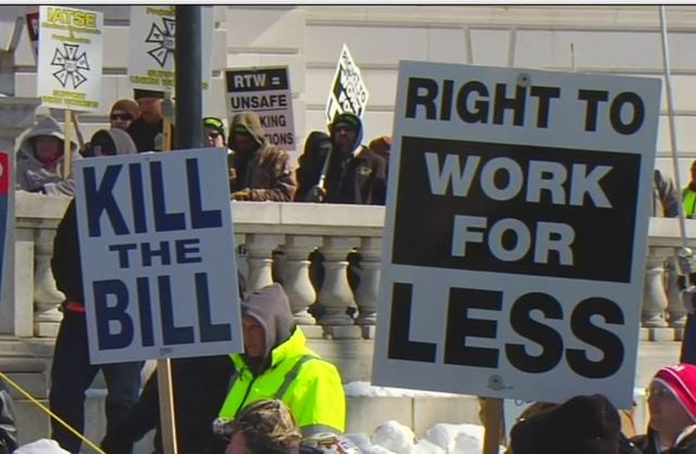Right-to-work law back in effect