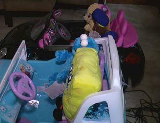 Man celebrates birthday by giving toys to kids