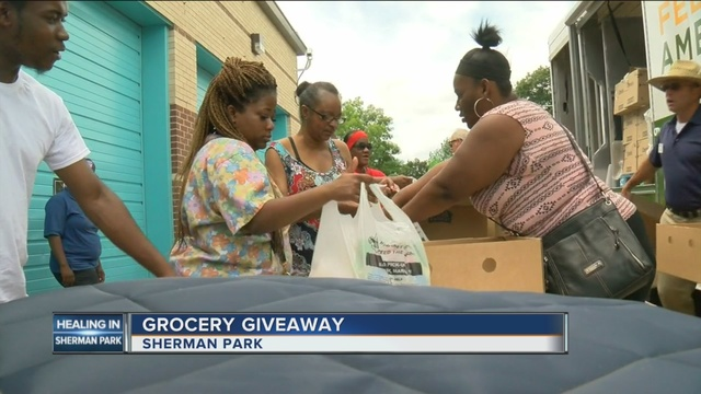 Healing Continues In Sherman Park With Mobile Food Pantry   TMJ4 Milwaukee,  WI