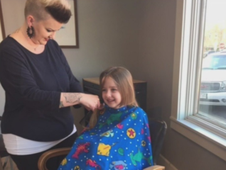 Local salon donates hundreds of pounds of hair