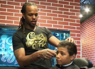 Milwaukee barbershops inspire boys to read
