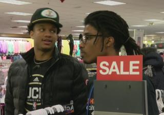 Bucks players treat kids to Christmas shopping