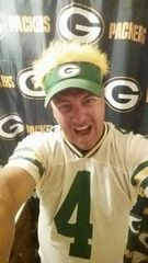 "Packers fans celebrate ""Green and Gold Friday"""