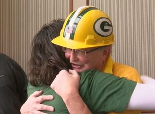Packers Fan HOF finalist gets his own pep rally