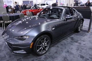 Milwaukee Auto Show brings fans to WI Center