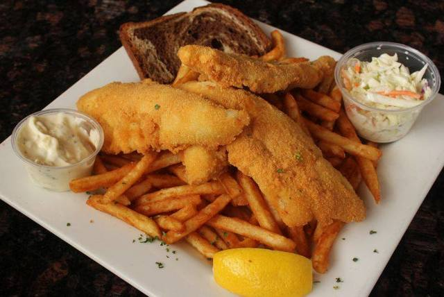 Best milwaukee area fish fries gallery for Best fish fry milwaukee
