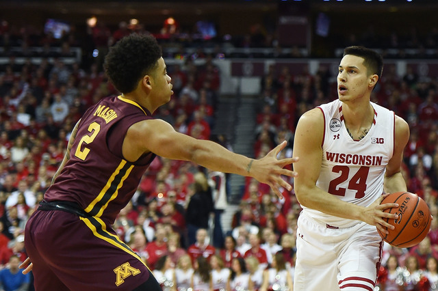 Bucks, Knicks sign undrafted Badgers