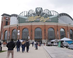 GALLERY: 24 local brews on tap at Miller Park