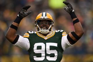 Vikings sign former Packers DE Datone Jones