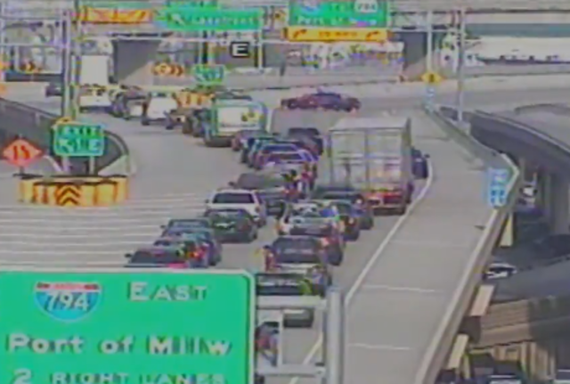 All EB/SB lanes of I-794 at Hoan Bridge closed