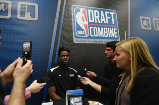 Former Badger Nigel Hayes works out with Bucks