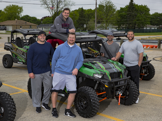 Aaron Rodgers gives ATVs to offensive linemen