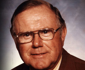 Former Packers President dies at age 98