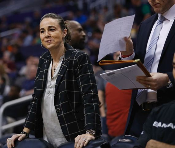 Milwaukee Bucks will reportedly interview Becky Hammon as General Manager candidate