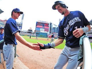 Brewers beat Braves 7-0 Sunday