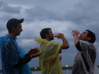 Summerfest fans brave weather on opening night