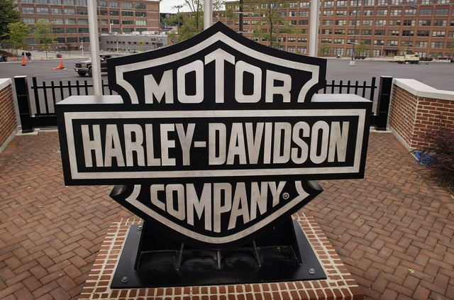 report: harley-davidson to lay off 180 employees in milwaukee and