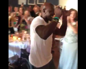 Donald Driver crashes another Wisconsin wedding
