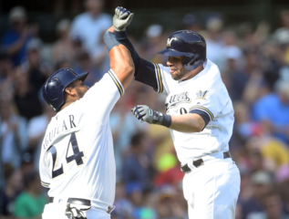 Pina's homer leads Brewers to comeback win