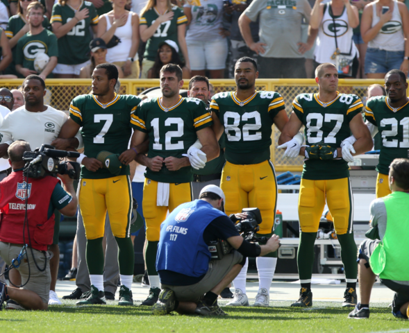 Aaron Rodgers on anthem display: 'Sports and politics have always intersected'