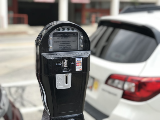 Milwaukee could raise Parking Meter Rates, use Surge Pricing | TMJ4 Milwaukee, WI