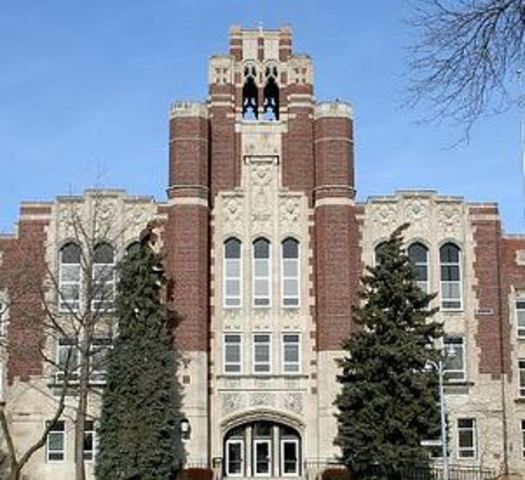 Report: Whitefish Bay High School named top public high school in Wisconsin