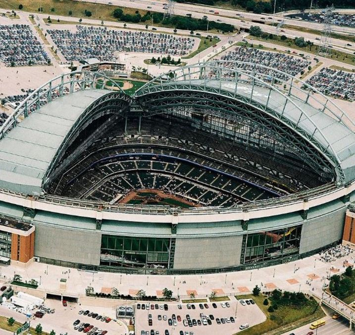 Behind The Scenes Opening Miller Park S Retractable Roof