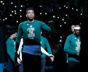 Bucks get first Christmas Day game since 1977
