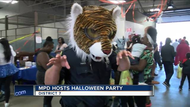 milwaukee police district 7 hosts halloween party for community tmj4 milwaukee wi