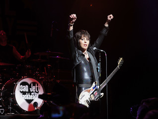Joan Jett & The Blackhearts coming to Milwaukee