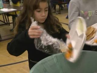 Wauwatosa school turns lunch to compost