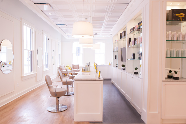 Drybar salon coming to milwaukee 39 s third ward tmj4 for 4 estrellas salon kenosha wi
