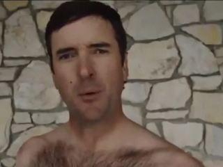 Bubba Watson posts Twitter video in underwear
