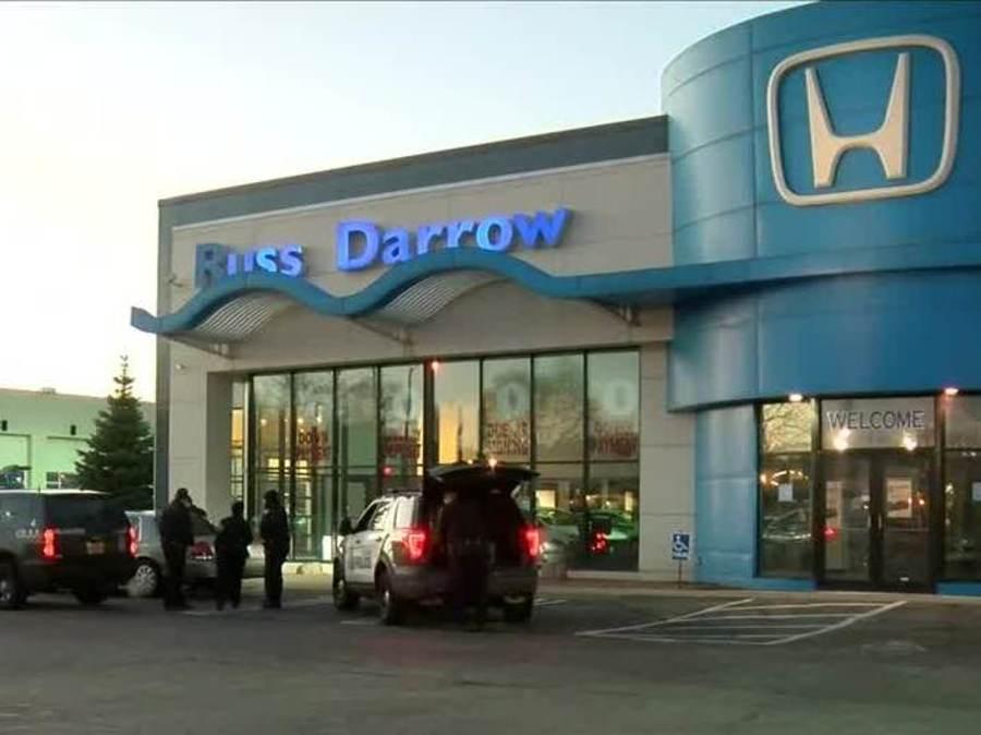 Russ Darrow Green Bay >> Milwaukee police investigating overnight break-in at Russ Darrow car dealership - TMJ4 Milwaukee, WI