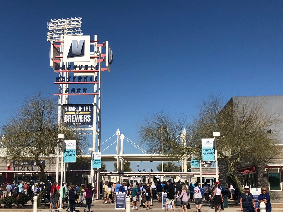 brewers announce 2019 spring training schedule