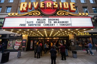 Cheers to Milwaukee at Riverside Theater