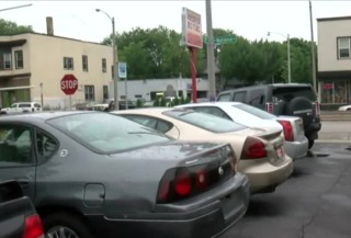 Thief steals car from south side dealership