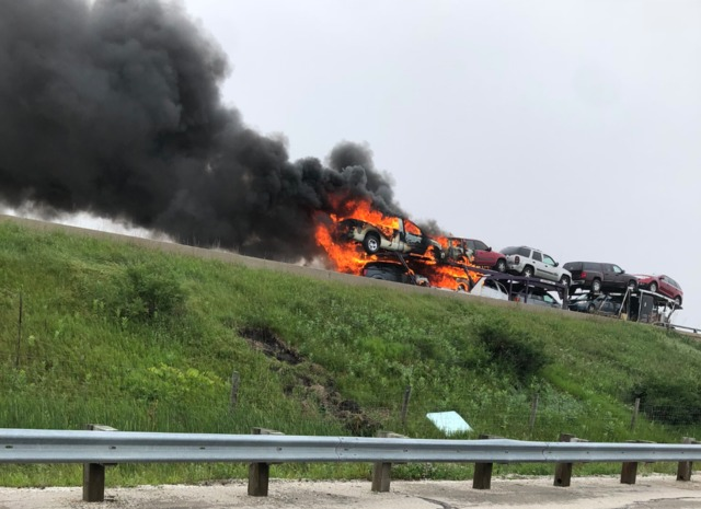 Truck fire closes all NB lanes of I-41