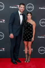 Rodgers, Patrick rock ESPYs red carpet [PHOTOS]