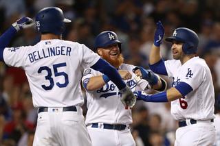 Dodgers embarrass Brewers 21-5