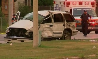 Sources: 1 dead in crash near downtown Milwaukee