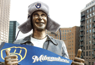 Downtown catches Brewers Fever [PHOTOS]