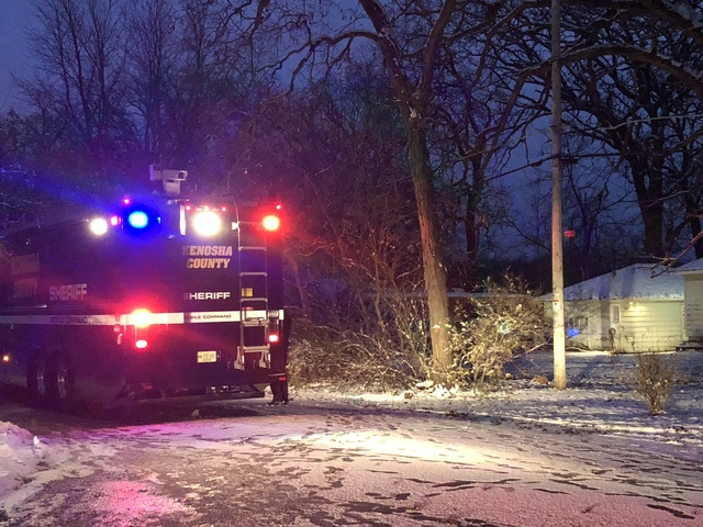 1 dead, 3 injured in Kenosha County shooting